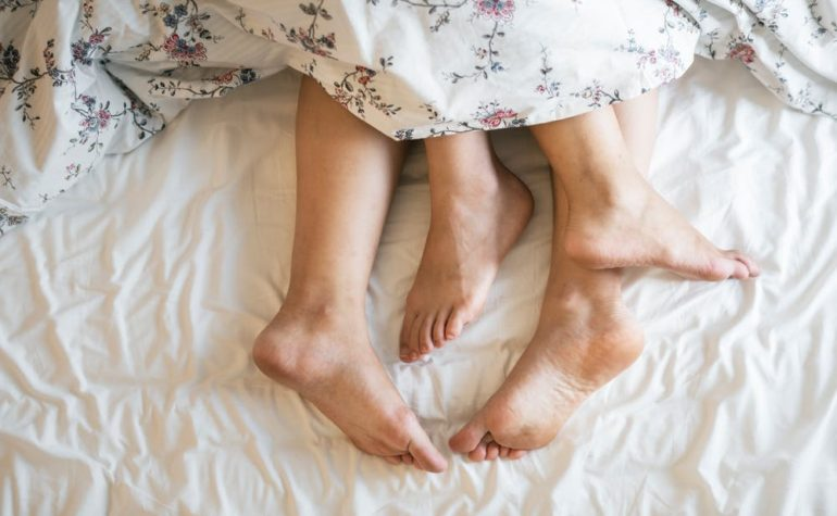 How To Get A Better Nights Sleep When You Snore (Sleep Problems Be Gone)
